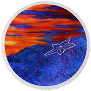 Star On The Mountain Round Beach Towel
