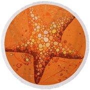 Starfish In Coral Round Beach Towel