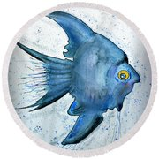 Startled Fish Round Beach Towel
