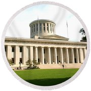 State Capitol Of Ohio Round Beach Towel