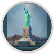 Statue Of Liberty 2 Round Beach Towel