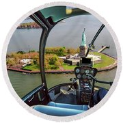 Statue Of Liberty Helicopter Round Beach Towel
