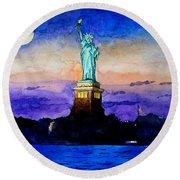 Statue Of Liberty New York Round Beach Towel