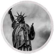 Statue Of Liberty Photograph Round Beach Towel