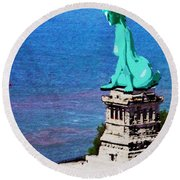 Statue Of Liberty Seated Painting Round Beach Towel
