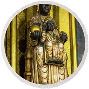 Statue Of The Virgin Mary Round Beach Towel
