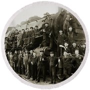 Steam Engine 351 On Turntable Coxton Yards Coxton Pennsylvania Early 1900s Round Beach Towel