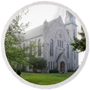 Stone Chapel In Fog Round Beach Towel