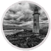 Storm Clouds Over Old Scituate Lighthouse In Black And White Round Beach Towel