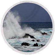 Stormy Surf At Laupahoehoe Round Beach Towel