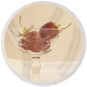 Strawberries In A Glass Round Beach Towel