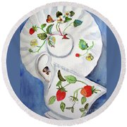 Strawberry Cup And Saucer Round Beach Towel