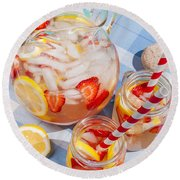 Strawberry Lemonade At Pool Side Round Beach Towel