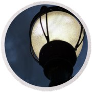 Street Lamp At Night Round Beach Towel