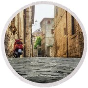 Streets Of Italy Round Beach Towel