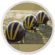 Striped Helmets On A Yard Line Round Beach Towel