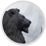 Strong Lion Round Beach Towel