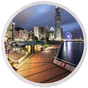 Stunning View Of Hong Kong Central Business District Skyscrapers Round Beach Towel