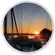 Sturgeon Bay Sunset Round Beach Towel