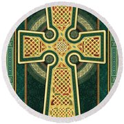 Stylized Celtic Cross In Green Round Beach Towel
