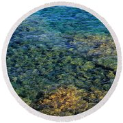 Submerged Rocks At Lake Superior Round Beach Towel