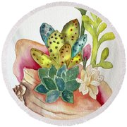 Succulents In Shell Round Beach Towel