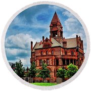 Sulphur Springs Courthouse Round Beach Towel