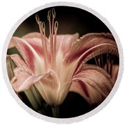 Summer Lily Round Beach Towel