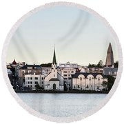 Summer Sunset Over The Reykjavik Skyline Round Beach Towel