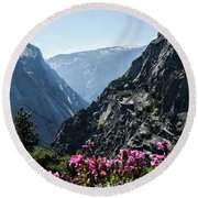 Summits Round Beach Towel