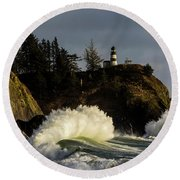 Sun And Surf With Lighthouse Round Beach Towel