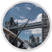 Sun Clock With Tower Bridge Round Beach Towel