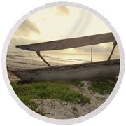 Sun Rays And Wooden Dhows Round Beach Towel
