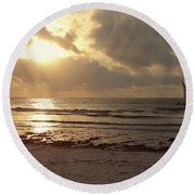 Sun Rays On The Water With Wooden Dhow Round Beach Towel