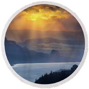 Sun Rays Over Columbia River Gorge During Sunrise Round Beach Towel