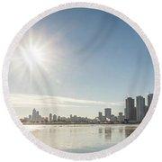 Sun Setting Over Chicago Round Beach Towel