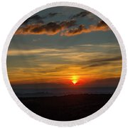 Sun Settling Into The Canyons Round Beach Towel
