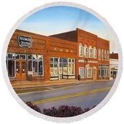 Sunday In Waxhaw Round Beach Towel