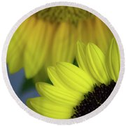 Sunflowery Round Beach Towel