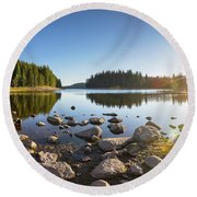 Sunny Landscape Of A Mountain Lake Round Beach Towel