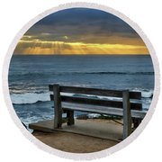 Sunrays On The Horizon Round Beach Towel