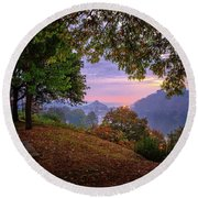 Sunrise At River Rd  Round Beach Towel