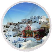 Sunrise At Oia Round Beach Towel