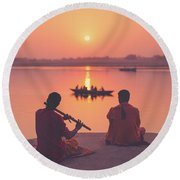 Sunrise By The Ganges Round Beach Towel