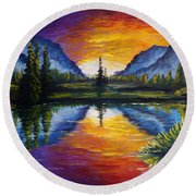 Sunrise Of Nord Round Beach Towel