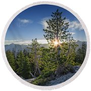 Sunrise On Sentinel Dome Round Beach Towel