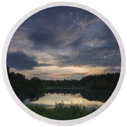 Sunrise Over Indigo Lake Round Beach Towel