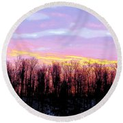 Sunrise Over Lake Round Beach Towel