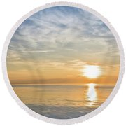 Sunrise Over Lake Michigan In Chicago Round Beach Towel