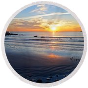 Sunrise Over Red Rock Park Lynn Shore Drive Round Beach Towel